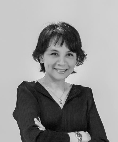 Mrs. Theeranuj  Karnasuta  Wongwaisayawan
